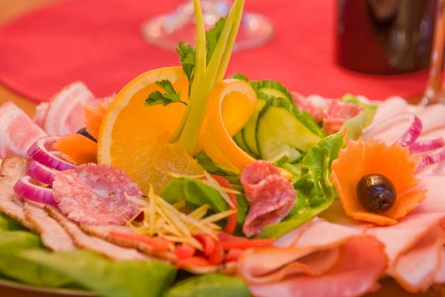 Gut Essen im Restaurant in Pobierowo